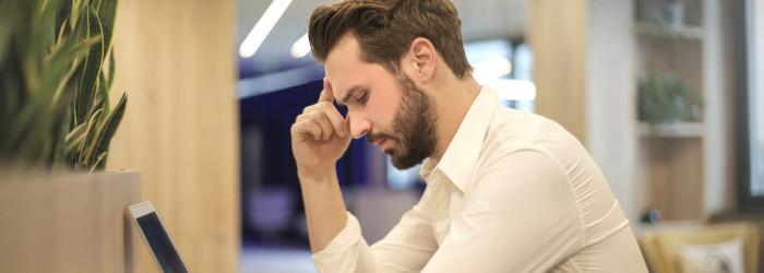 Iedzīvotāji ikdienā cenšas izvairīties no COVID-19 tēmas, lai sevi pasargātu no emocionālās izdegšanas